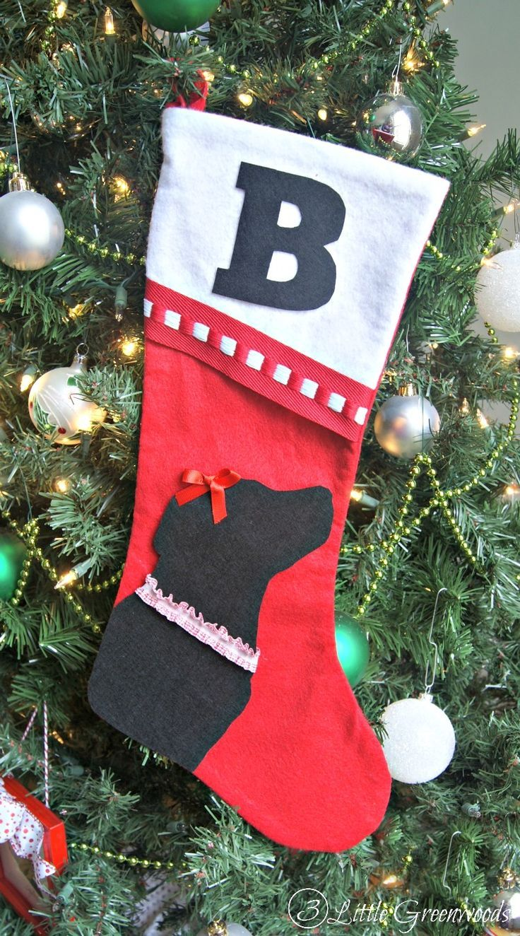 Make this Easy No Sew Christmas Stocking for