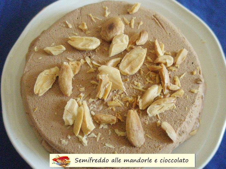 Semifreddo+alle+mandorle+e+cioccolato