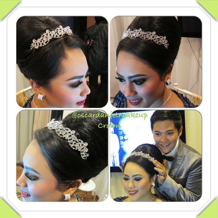 Wedding crown by Oscar Daniel