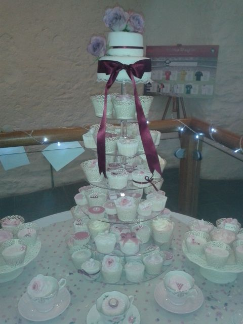 120 Vanilla Cupcakes & 2 tiers of Chocolate Mudcake for a beautiful wedding at Dunster Tithe Barn