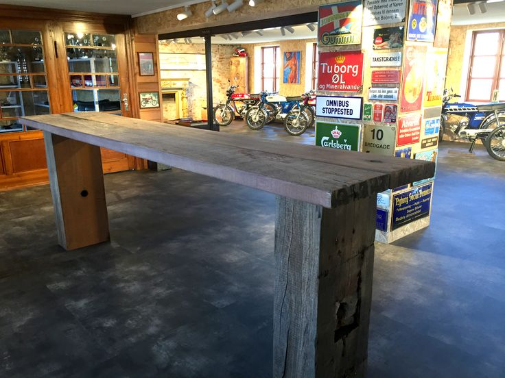 Bar table in a man cave. The table is made from reclaimed wood, from a decommissioned Danish harbour.  #bartable #Consoletable #sustainablefurniture #antiquewood #højbord
