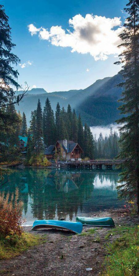 Emerald Lake and Lodge in Yoho National Park, British Columbia, Canada • Often misidentified as Emerald Bay, Lake Tahoe