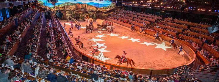 Dolly Parton S Dixie Stampede Dinner Attraction Dolly