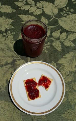 Peach-Jalapeno Jam is a low-sugar cooked jam created by Allison Carroll Duffy and made with Pomona's Pectin. Some other fruits can be used for the peaches.
