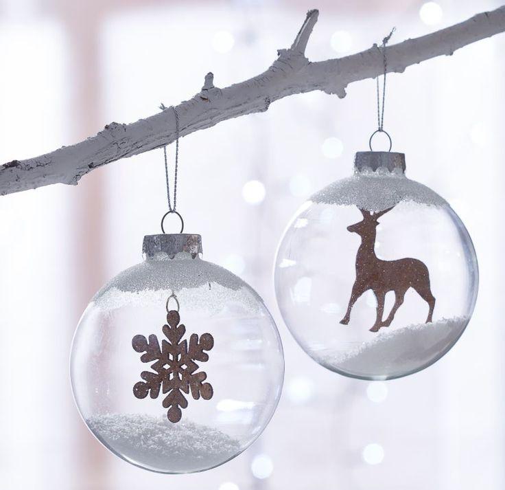 Adorna  con  cristal  y  acabados  escarchados  para  recrear  ambientes nevados como de cuento.