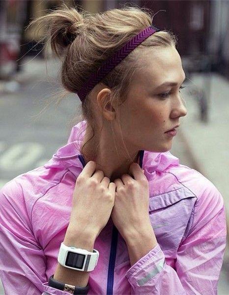 Jeune, lumineuse et naturelle, Karlie Kloss compte aujourd'hui parmi les tops les plus convoités. http://www.elle.fr/Minceur/News/Stars/Nike-s-offre-une-superbe-egerie-Karlie-Koss-2731014