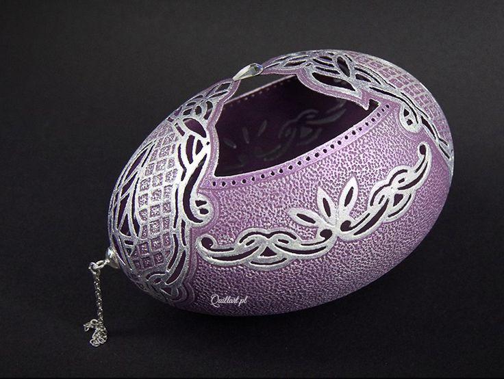 Egg Art, carved eggshell by Sylwia Krasoń-Nowińska, Poland