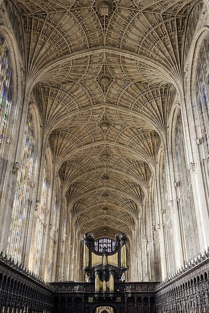 Looking west at the great fan vaulted roof of King's College Chapel, Cambridge. (by mym via Flickr)