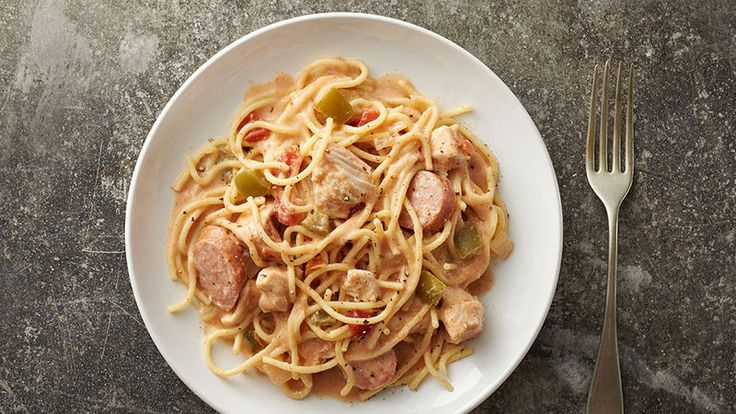Andouille sausage, chicken, fire-roasted tomatoes and Creole seasoning are just a few of the Southern flavors that make this a delicious and easy meal.