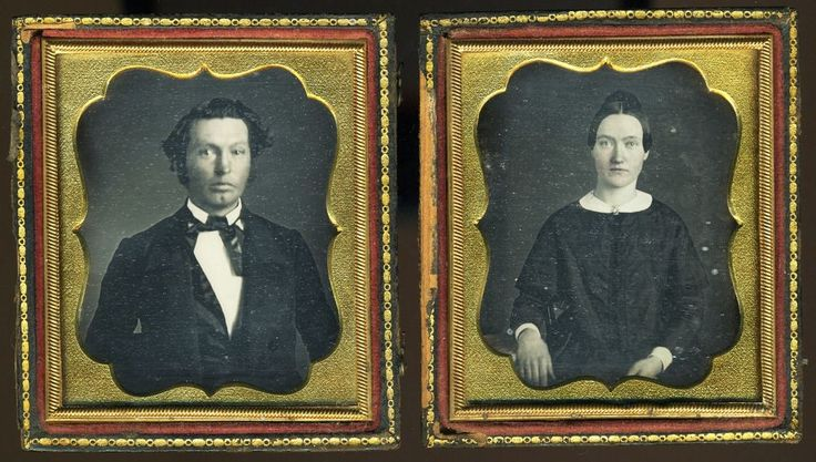 ORIGINAL SEALS DAGUERREOTYPES MATCHING DAG PAIR OF A COUPLE