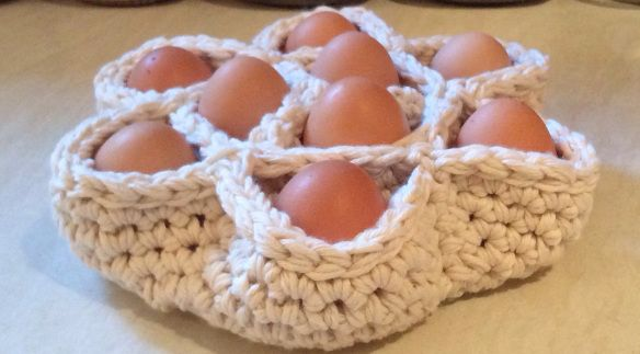 Crochet Egg Holder : Crochet Egg Holder craftaay Pinterest
