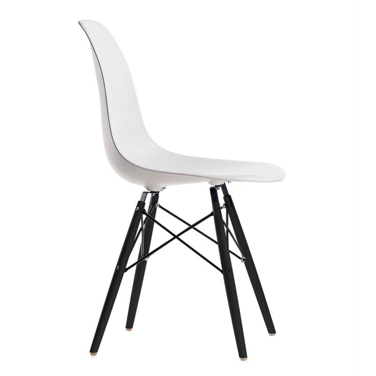 43 best dining chairs images on pinterest dining chair for Eames chair bestellen
