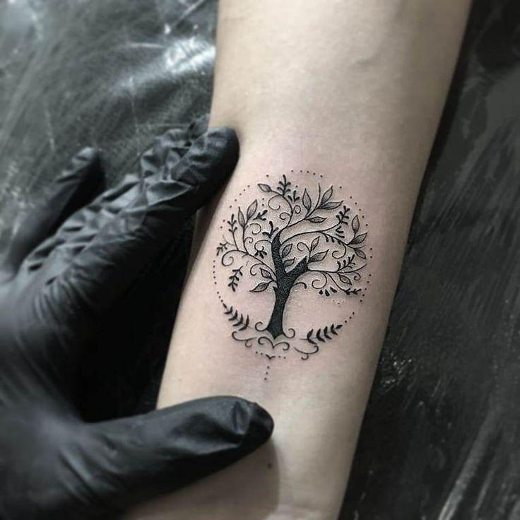 50+ Einfache und winzige minimalistische Tattoos Design-Ideen für Frauen, die