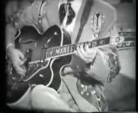 MERLE TRAVIS Cannonball Rag. Another country guitar master who paved the way!