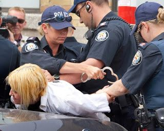 G20 à Toronto : les droits civils bafoués   Les grandes injustices