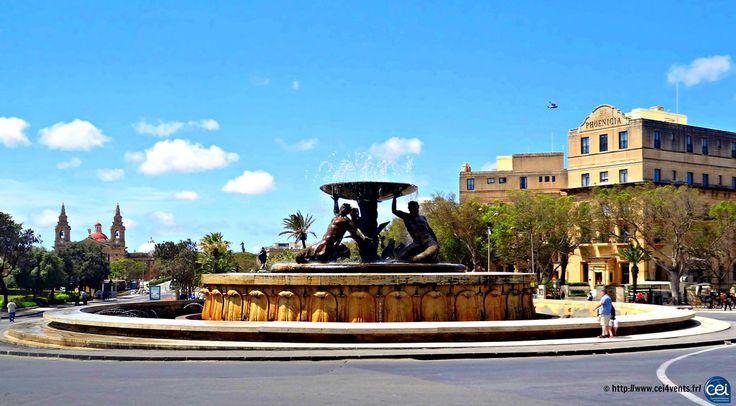 Séjour linguistique à Malte avec le CEI #Malte #Malta #CEI #voyage #travel #colonie #sejourlinguistique #holiday #paradise #summer #sun #statue