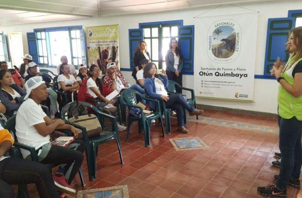 La temática del encuentro fue la presentación de diferentes tesis de grado que involucra a la comunidad sorda. La doctora en Educación