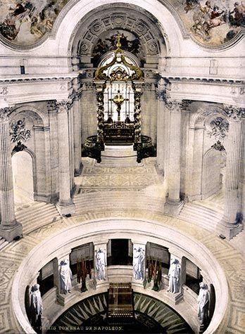 ESPLANADE DES INVALIDES Napoleon Tomb, Seine, Saint Helena, porphyry sarcoghagus, Les Invalides, Paris
