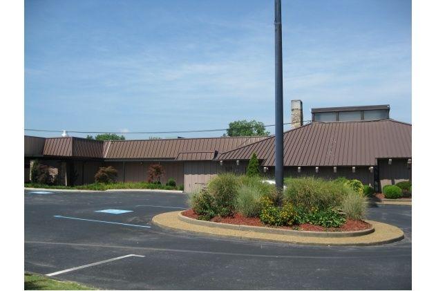 The Loft Restaurant  328 Cherokee Blvd Chattanooga, TN, 37405