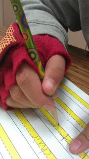 How to make a weighted glove. May be beneficial for students who have poor body awareness, seek proprioceptive input, or don't press hard enough when writing.