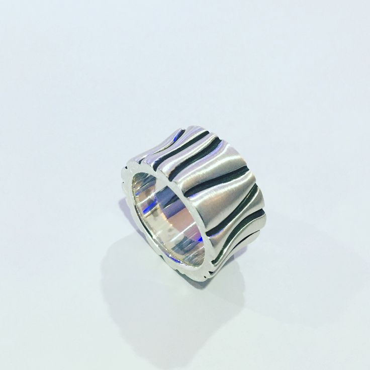 Sterling silver handmade tiger style ring