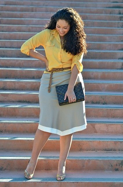 One of my favorite style blogs - Girl With Curves