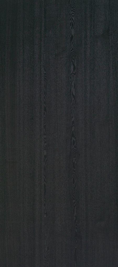 Shinnoki is een uniek fineerproduct. Het is een combinatie van fineer met het gemak van een melamine plaat. De toplaag is gemaakt van fineerhout, dit wordt afgemaakt met een kern van MDF en een tegenfineer op de achterzijde voor de stabiliteit van de plaat. Net als een melamine plaat wordt deze kant-en-klaar geleverd. De Shinnoki panelen kunnen dus meteen worden toegepast zonder verdere verwerking. Deze variant, genaamd Midnight Ash, is bij Stabilo Interieurbouw verkrijgbaar voor uw…