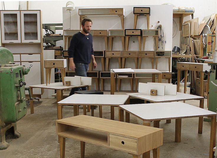 Hocker, Bänke und Tische