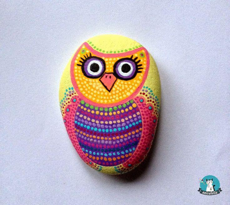 Anita Bujakowska Unicatella  Kamienie ręcznie malowane www.polandhandmade.pl #polandhandmade #paintedstone #owl