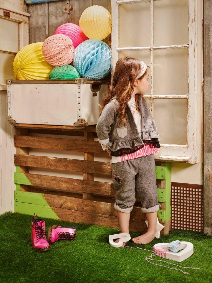 top mignonne b b fille 3 24 mois. Black Bedroom Furniture Sets. Home Design Ideas