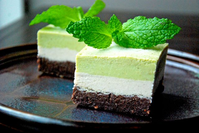 cake raw vegan dessert plant based choc peppermint slice