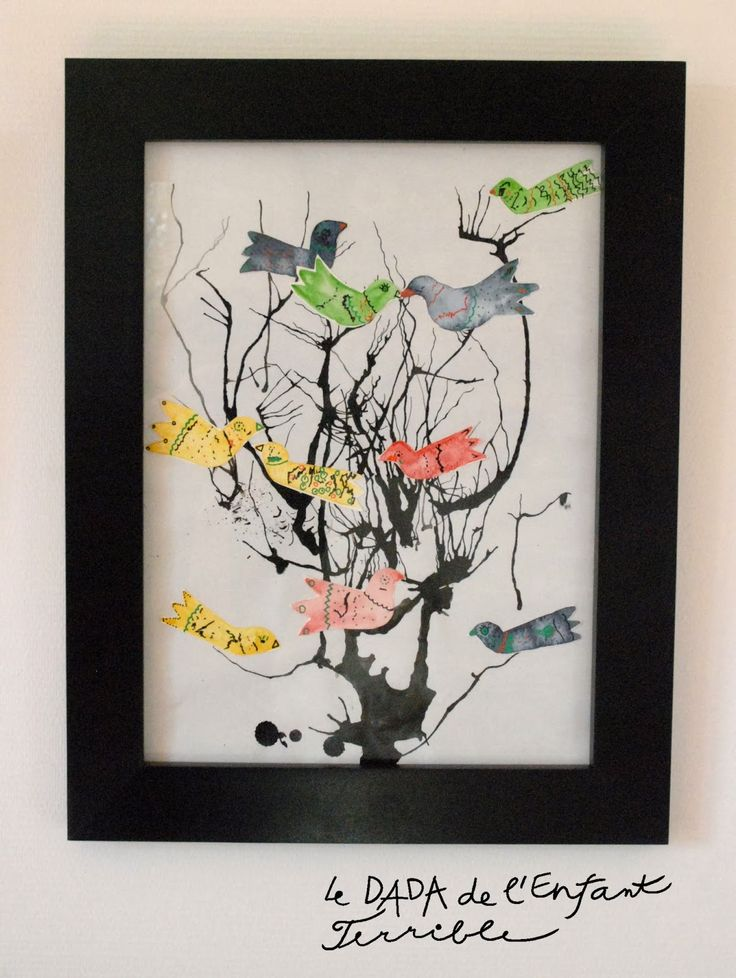 arbre: souffler sur des gouttes d'encre avec une paille puis coller des oiseaux