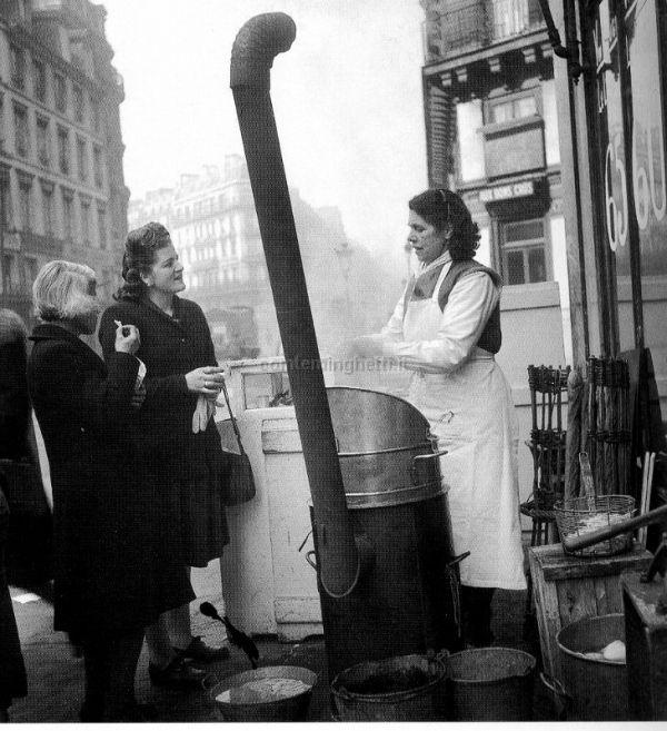 Robert Doisneau // Chip shop, 1940s