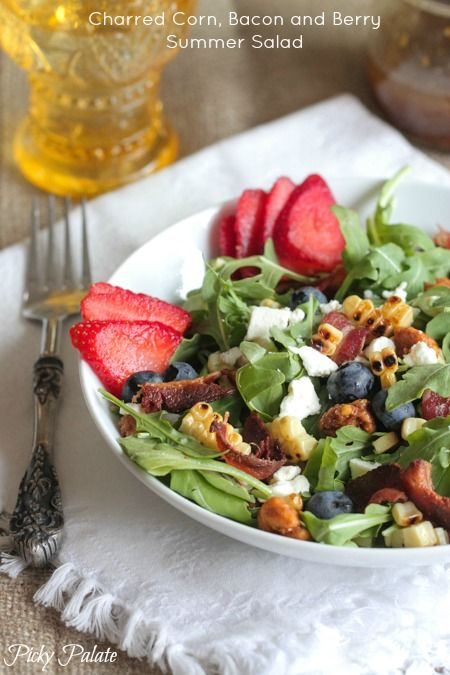 Charred Corn, Bacon and Berry Summer Salad, healthy and delicious perfect for hot summer evenings for dinner! #salad #recipe #summer