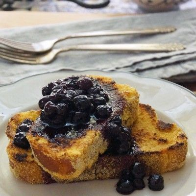 Cornmeal-Crusted French Toast with Maple-Blueberry Sauce ...