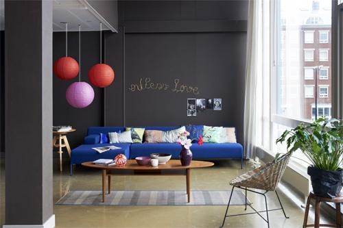 #blue #sofa | styling Fietje Bruijn fotografie Dennis Brandsma