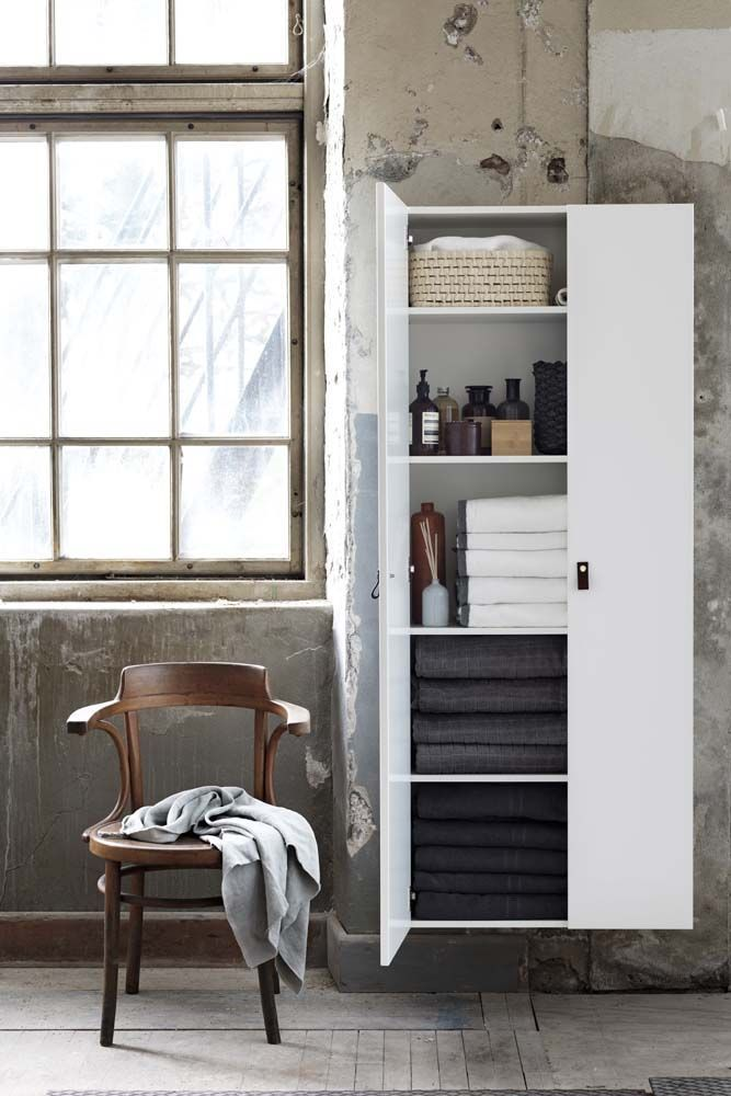 High cabinets from Ballingslöv. Front Hideaway
