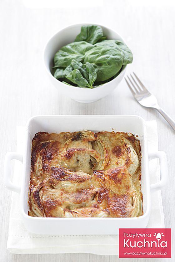 Koper włoski zapiekany w sosie beszamelowym - #przepis na #fenkul w beszamelu  http://pozytywnakuchnia.pl/koper-wloski-zapiekany-w-beszamelu/  #kuchnia #obiad