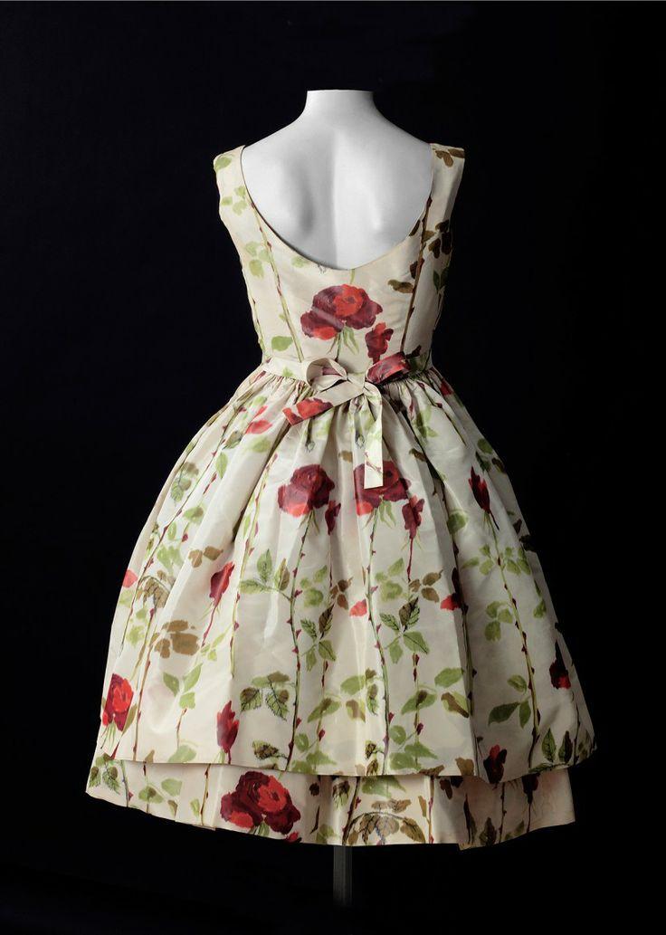 Cristobal Balenciaga, back of #dress #floral #fashion #1950s #partydress #vintage #frock #retro #sundress #floralprint #petticoat #romantic #feminine