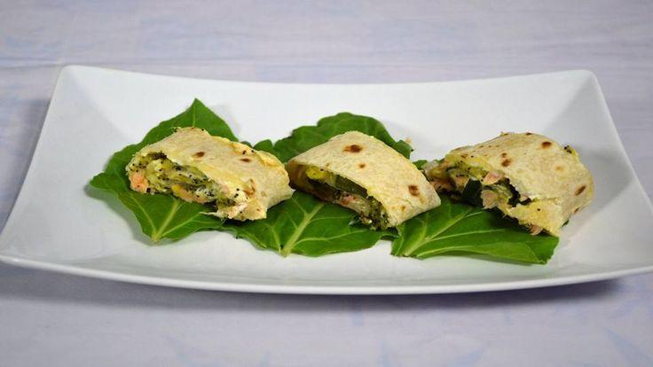 Rollè di Piadina con Salmone Fresco e Mango