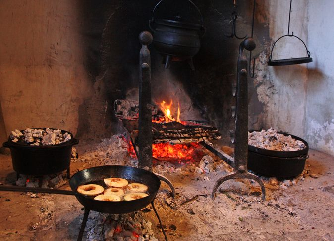 Best 25+ Cooking equipment ideas on Pinterest | Kitchen equipment ...