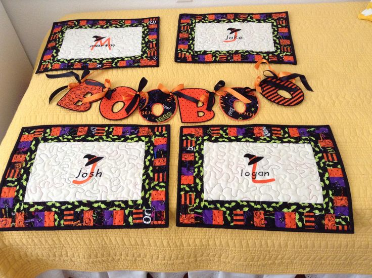 Halloween placemats and banner