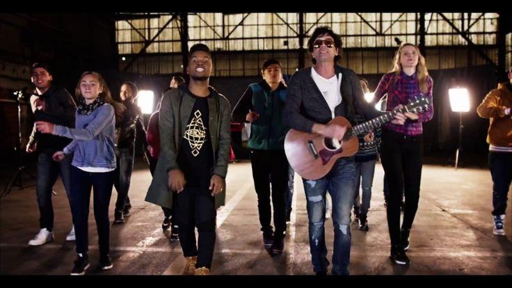 TUS PASOS - REDIMI2 FEAT ULISES DE RESCATE (VIDEO OFICIAL)