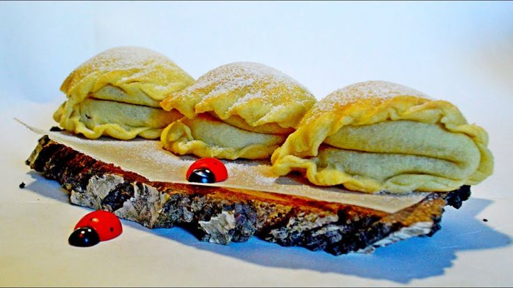 ПЛЮШКИ ВОЗДУШНЫЕ. Печенье с начинкой. Белковый крем. Рецепт печенья.
