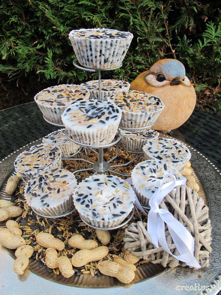 Cupcake etagère voor vogels!