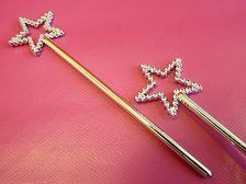 Turn every guest into a magical princess with one of these sweet little wands.