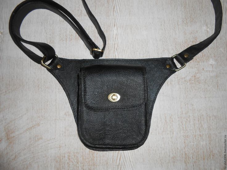 """Купить Маленькая кожаная сумочка """"Кобура"""" унисекс. - черный, однотонный, Кожаная сумка, сумка на пояс"""