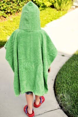 Make your own surfer's poncho - great idea!  Would work for toddlers.  Not sure it would be big enough for my boys
