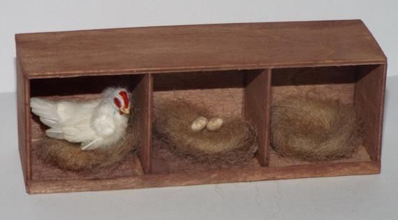 Dolls House Miniature Brown And White Hen