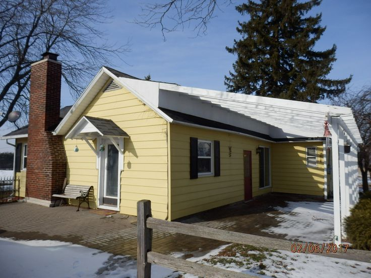 Dewitt MI Homes For Sale RE/MAX Realtor, Deb Good. Real Estate For Sale at 1481 W Alward Clinton County Michigan. Schedule a Showing Tour? Call or Text Me:  517-719-3323